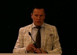 Dr Erik Mertens at ESCRS Capsulaser Symposium